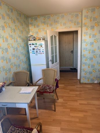 Продам 2к квартиру 67 кв.м, Милославская 4, Троещина,