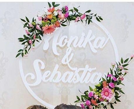 Koło z imionami wesele ślub dekoracja imię corten design