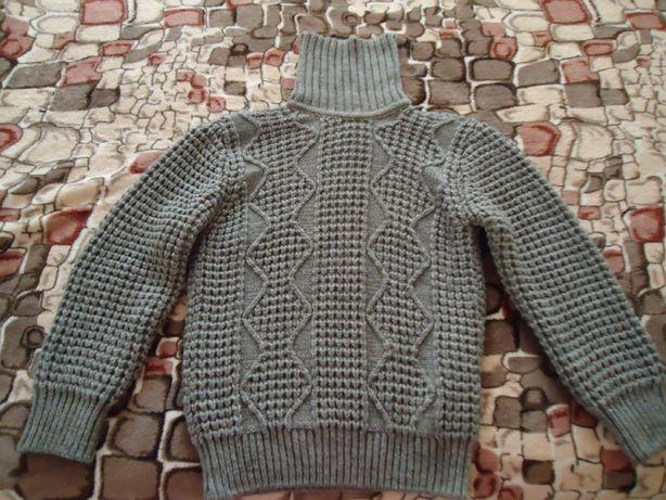 Продам свитер размер L