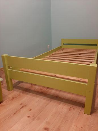 Sosnowe łóżko 90x200cm