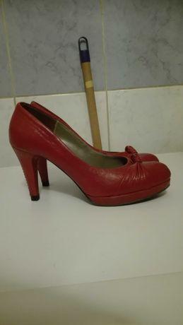 Buty skórzane rozmiar 38,5