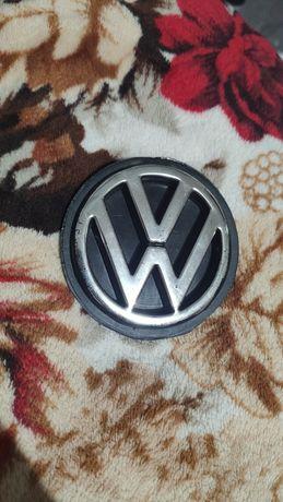 Эмблема задняя volkswagen
