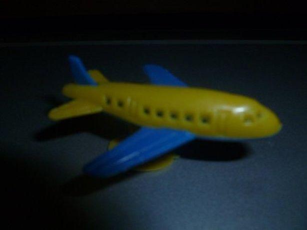 Игрушка детская самолетик