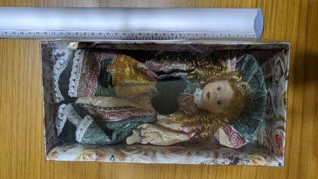 Boneca de Porcelana +/- 27cm NOVA