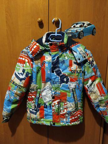 Яркая куртка на мальчика, осень-весна, рост 122 см.