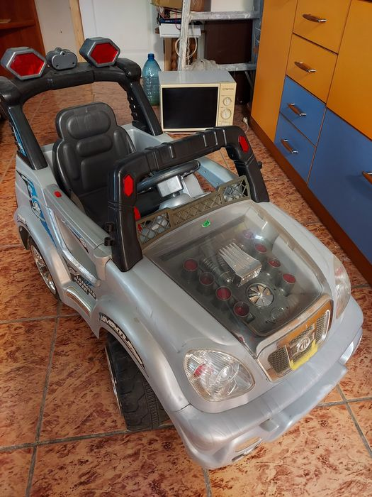 Продам детс.машину, джип, толокар, велосипед с ручкой Бабурка - изображение 1