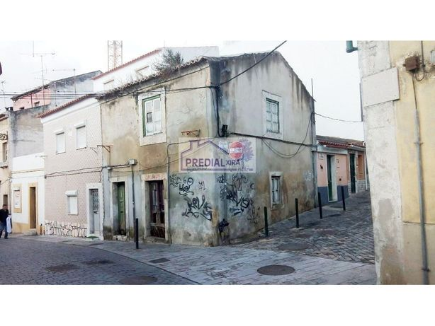 Oportunidade- Moradia no Centro da Cidade de Vila Franca ...