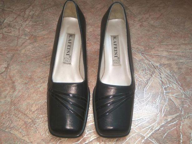 Продам туфли демисезонные.