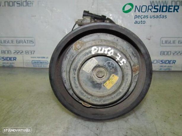 Compressor do ar condicionado Fiat Punto|93-97