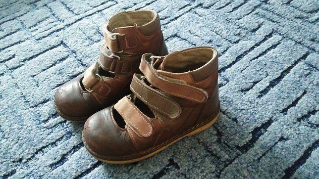 Продам детские ортопедические туфли