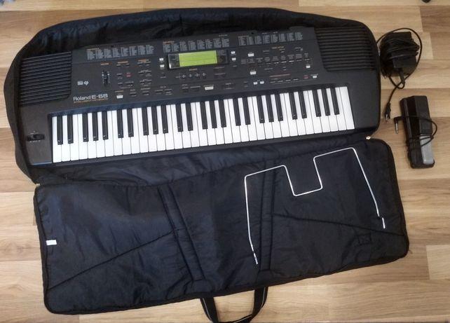 Keyboard Roland E 68