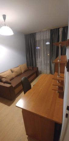 Pokój z balkonem w atrakcyjnej lokalizacji (przy Rejtana)