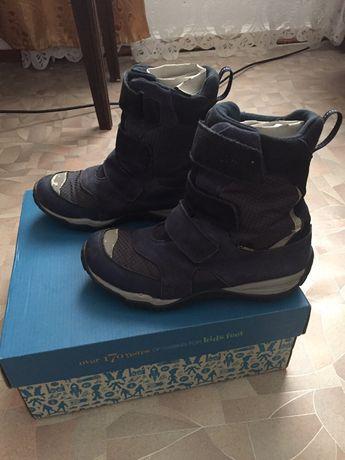Ботинки Кларкс 35 размер гортекс