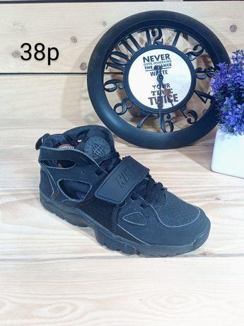 Кроссовки женские демисезонные Nike Huarache высокие, 38р. Кеды Найк