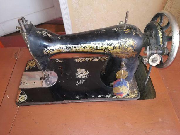 Maszyna do szycia  SINGIER antyk