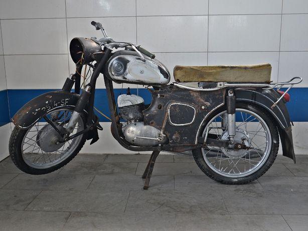 SHL M11 173cm z 1966r