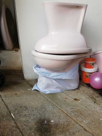 Louça casa de banho Valadares