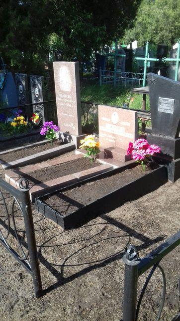 Уборка могил на кладбищах Днепра