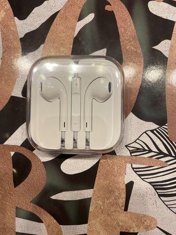 Słuchawki Apple z wejściem AUX