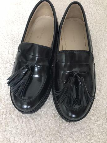 Zara czarne buty mokasyny