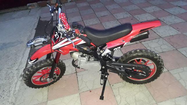 Продам дитячий мотоцикл(бензиновий)