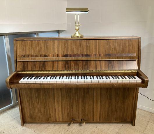 Piano vertical Weiss