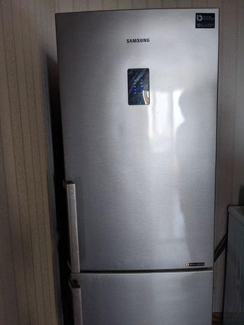 Холодильник Samsung б/у, холодильна шафа