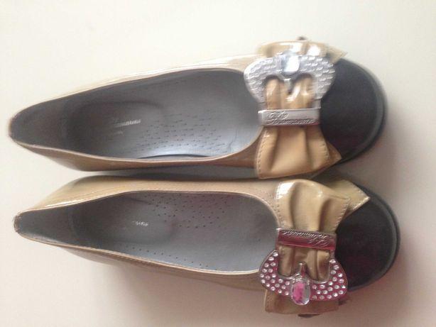 Туфлі Italy (Туфли ) Туфельки ( Балєтки) Італія 33-34р Gucci