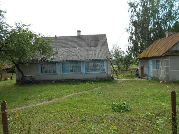 Продам цегляний будинок с.Семки, Маневицький район.