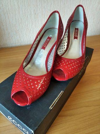Туфлі жіночі(ECCO)