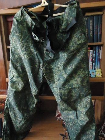 Штаны новые с утепленной подкладкой 500р