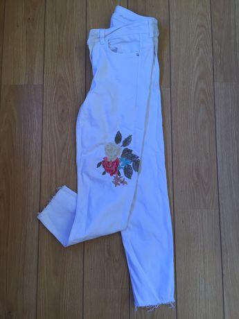 Calça branca bordada nova da Zara n34