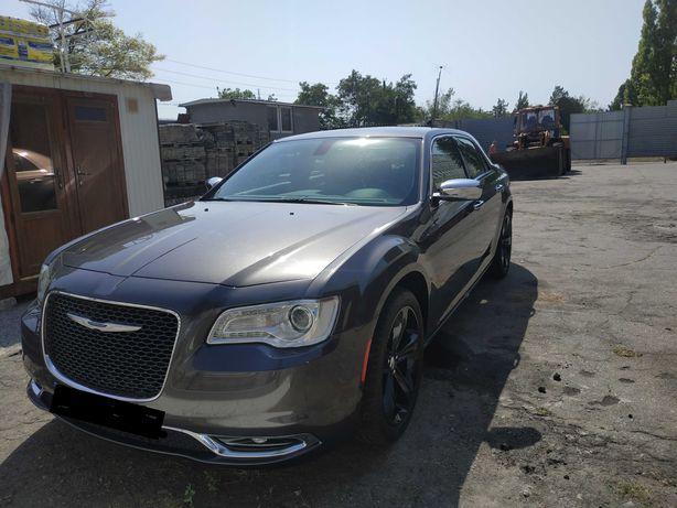 Chrysler 300c hemi 5,7 л., 363 л.с задний привод