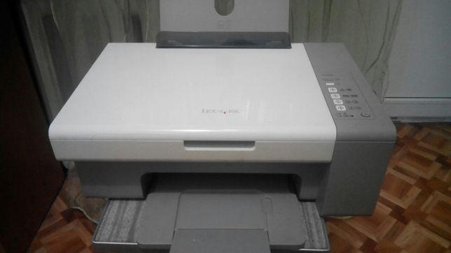 Принтеры тройки Lexmark 2500 и Canon bjc-100 все за 250 грн.