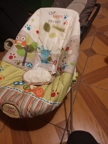 Krzesełko dla niemowlaka z wibracjią