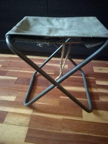 Stołek krzesełko wędkarskie z PRL