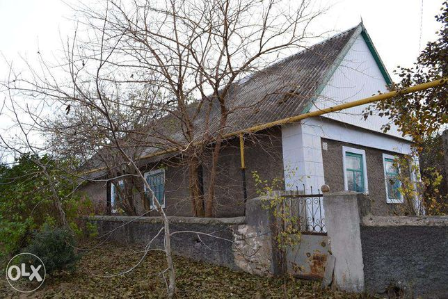 Продам дом в пгт. В.Александровка со в.у.