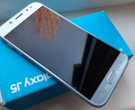 Samsung J5 J530. Смартфон Телефон Самсунг в отличном состоянии