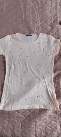 Różowa bluzka z perełkami