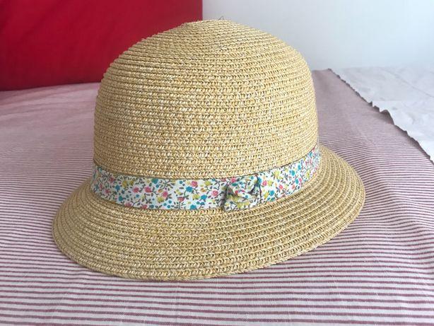 Chapéu de palha para menina