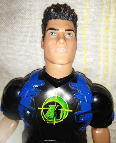 Игрушка Солдат Action Man от Hasbro 2004