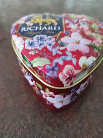 Жестяна баночка для чаю