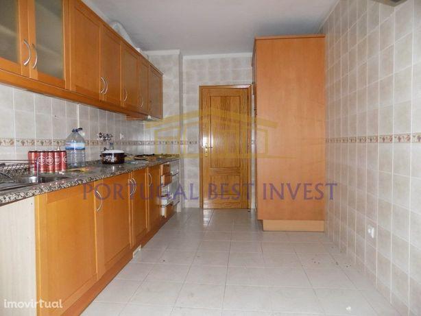 Oportunidade - Retoma da Banca - Apartamento T3 em Portimão