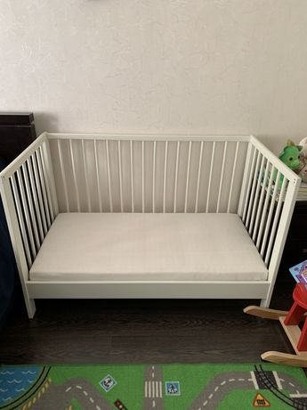Кроватка детская с матрасом ikea икеа гулливер для новорожденных