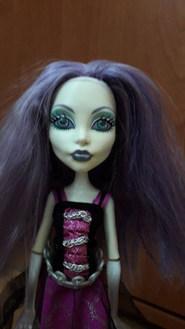 Spektra, monster high, lalka barbie, mattel