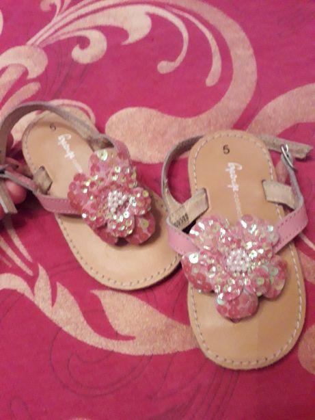 Сандали обувь
