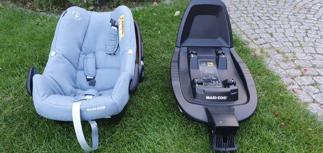 Fotelik samochodowy z bazą Maxi- Cosi Rock. Family Fix 2