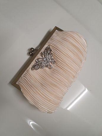 Carteira com borboleta