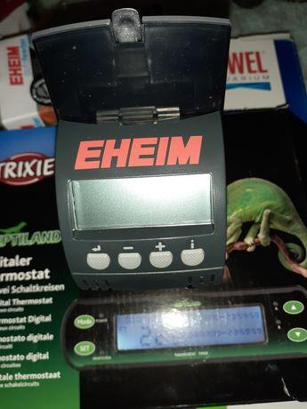 Eheim  automatyczny podajnik dla rybek w akwarium