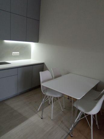 """2кв. В новом доме с ремонтом, мебелью и быттехникой """" под ключ""""."""